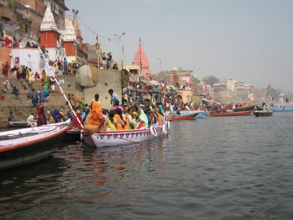 Singing on the Ghats